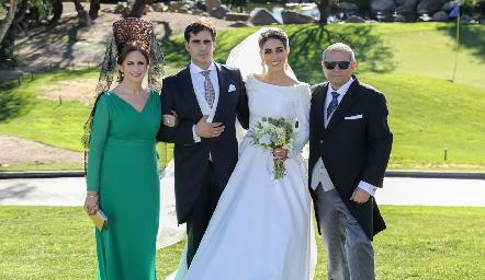 Isabel Sánchez, Rafael Herrera, Mariana Labarthe y Rafael Herrera .
