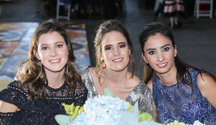 Regina Mendizábal, Montse Barral y Melissa Andrés.