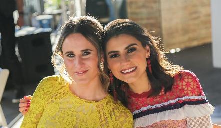 Anna Ortuño y Tere Cadena.
