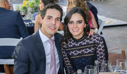 Mauricio Tobías y Adriana Olmos.