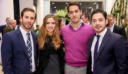 Andrés Torres, Elizabeth Treviño, Ricardo y Miguel Torres.