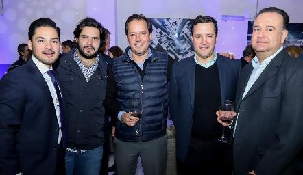 Miguel Torres, Anuar Zarur, Oliver Meade, Christian Meade y Felipe Martín Alba.