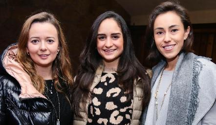 Tere Del Valle, Claudia Villasana y Midori Barral.