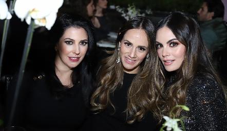 Paty Tanus, Alejandra Salas y Ximena Navarrete.