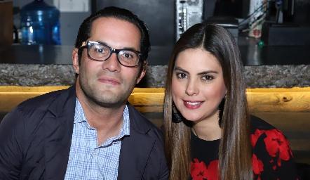 Fernando Rojo y Bárbara Berrones.