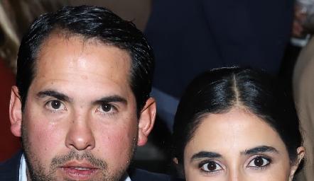 Rafael Araiza y Samira Romo.