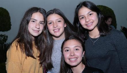 Zaza Vázquez, Sofi Rosales, Camila Varela y Alexa Heinze.