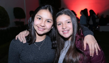 Camila Varela y Sofi Regil.