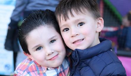 Nicolás y Luiciano.