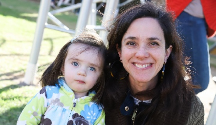 Sofía y Lucía Báez.