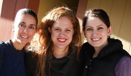 Anel Ávila, Elisa Vilet y Sandra Motilla.