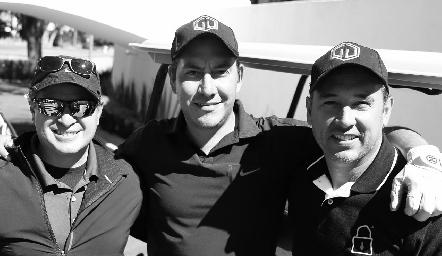 Alex de la Torre, Gerardo Lomelí y Gerardo Cisneros.