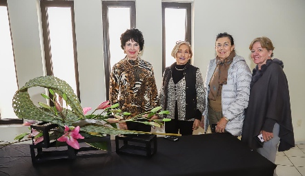 Lucy Stahl, Maricarmen Morales, Lucy Compean y Tere Alcalde.