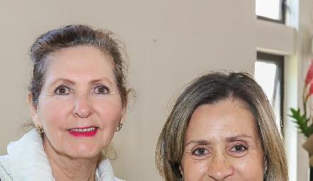 Lila Ahumada y Rocío de Sigona.