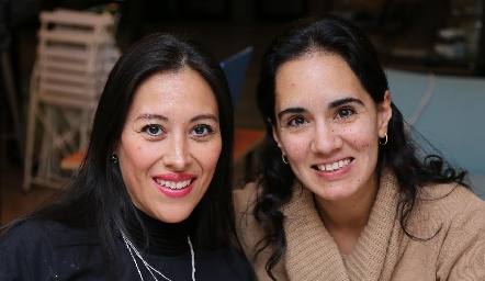 Berenice Fraustro y Lili Zárate.