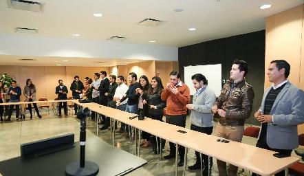 . Conferencia para ex alumnos de la EBC