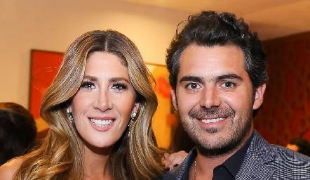 Martha de la Rosa y Daniel Dauajare se comprometieron.
