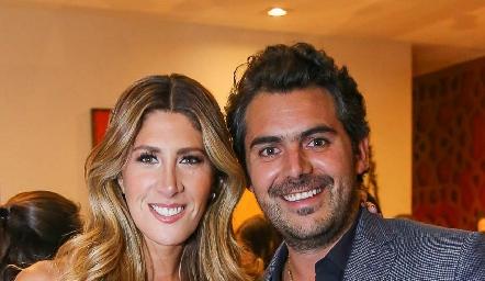Martha de la Rosa y Daniel Dauajare.