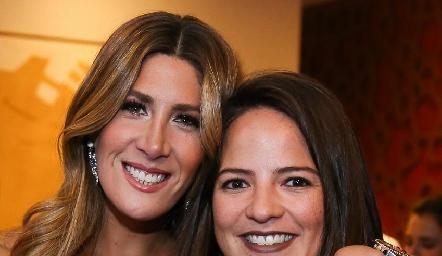 Martha de la Rosa y Andrea Hernández.