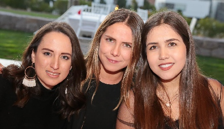 Daniela Ramírez, Regina Hernández y Fernanda Mena.