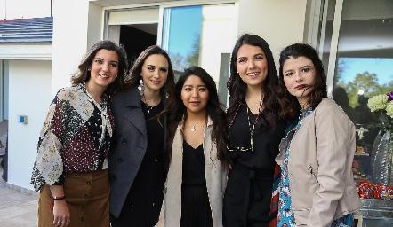 Mimí Navarro, Bárbara Cadena, Ana Meche Cifuentes, Diana Villanueva y Daniela Meade.