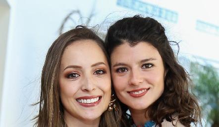 Laura Bravo y Daniela Meade.