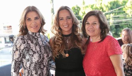 Susana Herrera, Synthia González de Ciuffardi y Patricia Funes.
