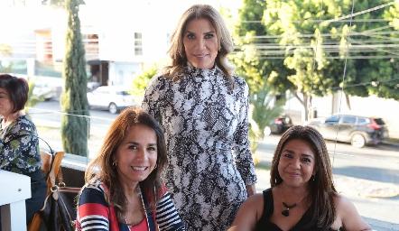 Susana Herrera, Claudia de Ávila y Pilar Fonseca.