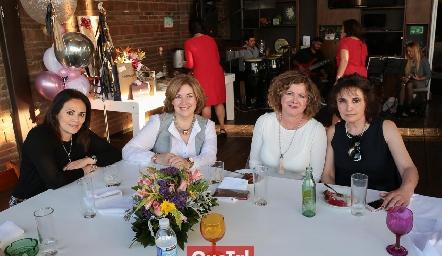 Lorena Guerra, Gloria Valle, Doris Rivera y Laura Acebo.