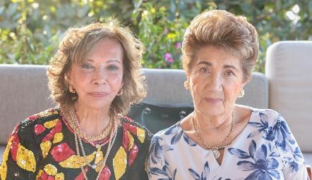 Carmela Alonso y Chuyina Herrera.