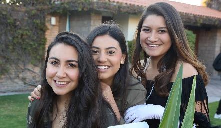 Brenda Jasso, Sofía Liñán y Brenda Gómez .