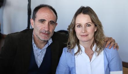 Carlos Abaroa y Gaby Artolózaga.
