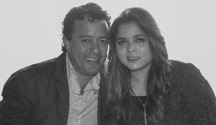 Víctor Barrales y Sara Berrones.