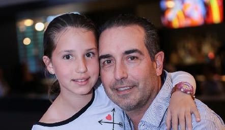 Vanessa y Alejandro Elizondo.