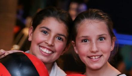 Isa Algara y Vanessa Elizondo.