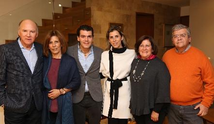 Víctor Guzmán, Sara Martínez, Diego Vivanco, Sara Guzmán, Chita Gómez y Fernando Vivanco.