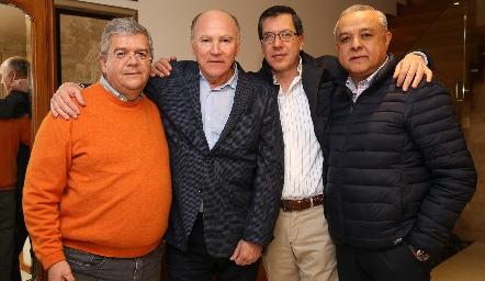 Fernando Vivanco, Víctor Guzmán, Alejandro Pérez y Juan Carlos Magdaleno.