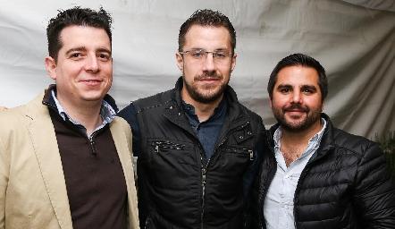 Daniel González, Alberto González y Daniel Barri.