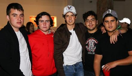 Diego Castillo, Mateo Guerra, Óscar Vera, Juan Pablo Payan y PJ Piñero.