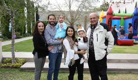 Guille Méndez, Guillermo Hernández, Inés, Bety Lázaro, Memo y Guillermo Hernández.