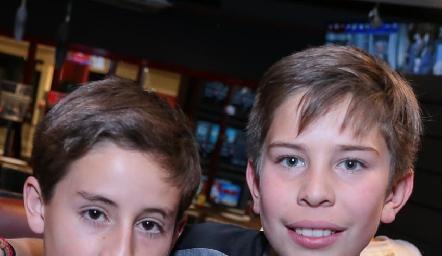 Víctor y Agustín.