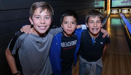 Agustín García, Felipe Rodríguez y Mau Galván.