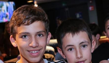Daniel y Huesos.