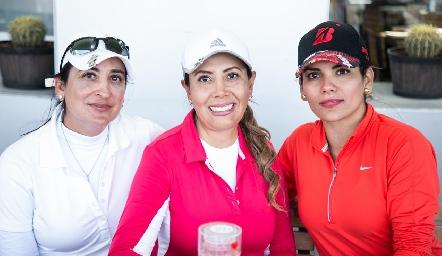 Blanca de Cantú, Vero Robledo y Linda de Ortiz.