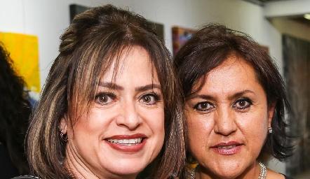 Rocío Scheckaibán y Ruth de la Torre.