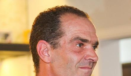 Juan Cuétara.