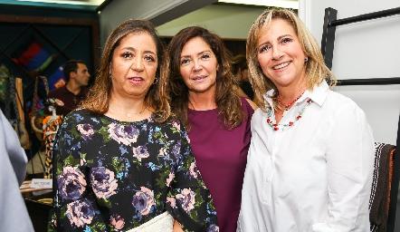 Sofía Carrillo, Adriana Milán y Maru Bárcena.