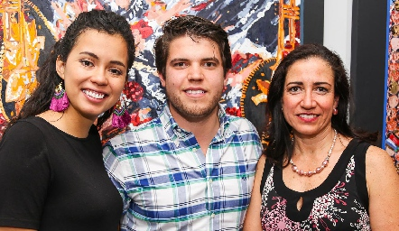 Sofía Milán, Ricardo de la Torre y Rebeca Sandoval.