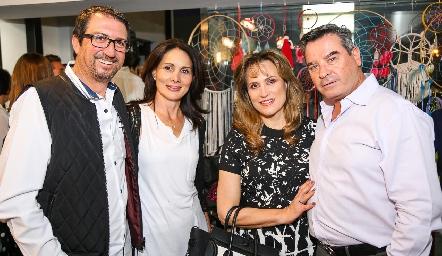 Gerardo y Vicky Cabrero, Ana Lilia y Luis Ortuño.