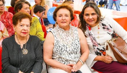 Enriqueta de Contreras, Cristina Peña y Toyita Villalobos.
